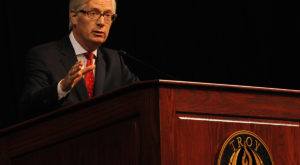 CNN reporter, columnist and author Tom Foreman, a 1981 TROY graduate, provided the keynote address at TROY's 12th annual Odyssey Convocation.