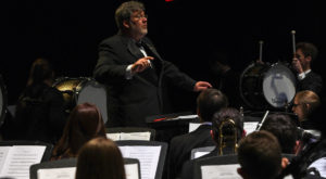 Symphony Band concert features Concert Chorale this Sunday