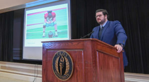 Former Trojan football player Micah Grimes, the current head of social media for NBC News, speaks at the M. Stanton Evans Symposium on Feb. 18.