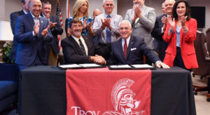 The Alabama College of Osteopathic Medicine and Troy University formalized an agreement that will give TROY students a leg up on ACOM admission.