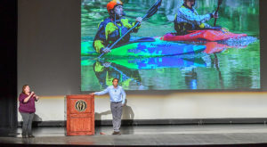 Helen Keller Lecture speaker Erik Weihenmayer encourages TROY students to be 'climbers'