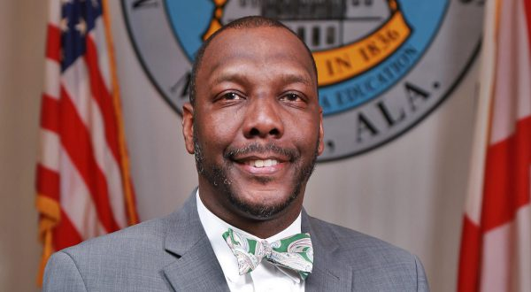TROY alumnus Threadgill named Superintendent of the Year in Alabama